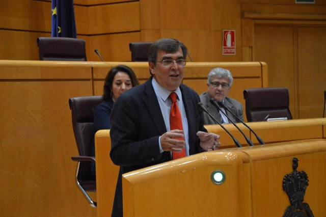Nota De Premsa + Foto: Interpelació Xisco Antich Al Ministre De Justícia