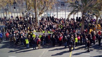 """Intersindical llama a participar """"masivamente"""" en las marchas por las pensiones de este lunes 16"""