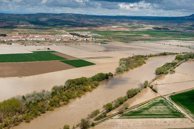 Campos inundados por el Ebro en Cabanillas
