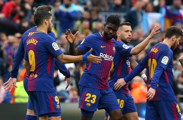 Umtiti celebra un gol ante el Barça