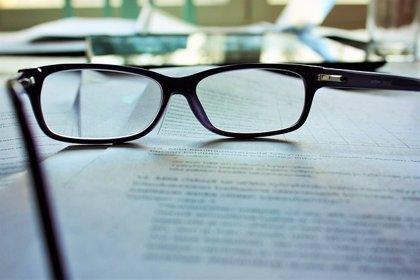El 45% de la población española padece presbicia, pero sólo el 10% usa lentes de contacto multifocales para corregirla