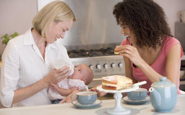 Consejos antes de visitar al recién nacido de un familiar o amigo