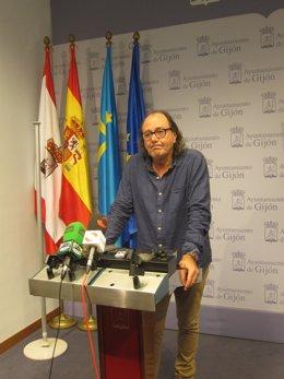 Mario Suárez del Fueyo, portavoz de Xixón Sí Puede en Gijón