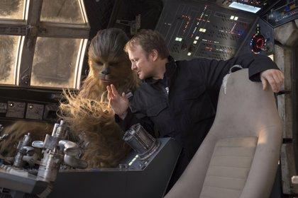 Rian Johnson promete que su nueva trilogía de Star Wars honrará el espíritu de la saga original