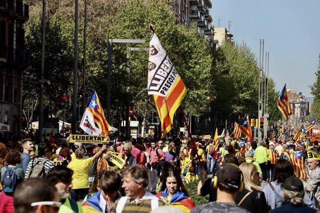 Manifestación por la libertad de los presos soberanistas, en Barcelona