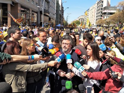 """Toni Castellà (Demòcrates) afirma que la república se concretará aunque haya """"represión"""" del Estado"""