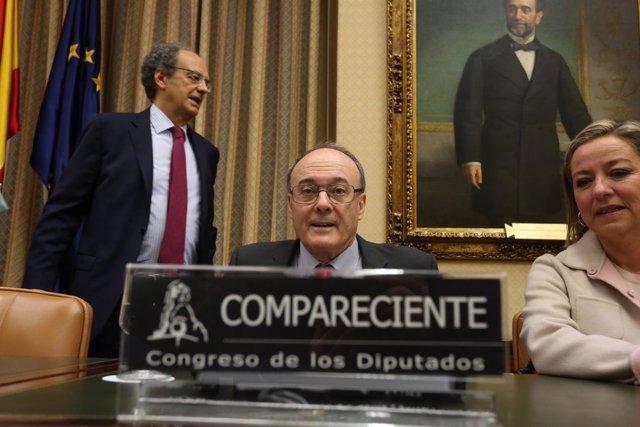Luis María Linde comparece en el Congreso por la crisis financiera
