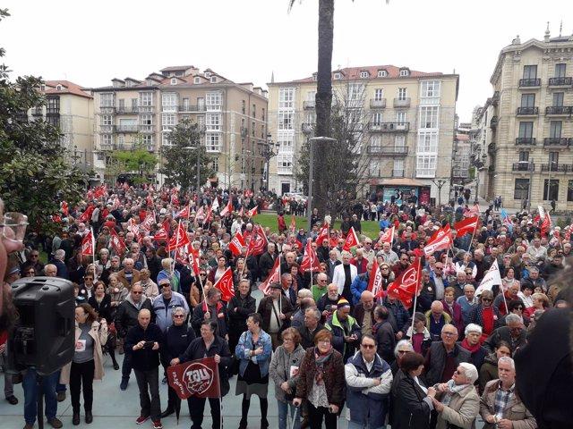 Manifestación en defensa de pensiones dignas en Santander