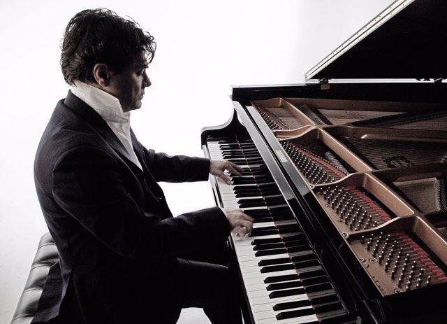 El pianista Gustavo Díaz-Jerez