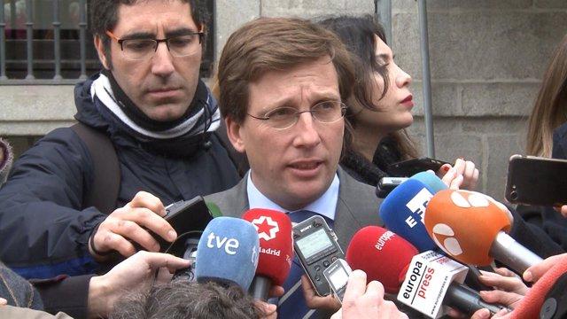 PP pide por carta a Carmena que reconsidere otorgarle la Medalla de Honor de Madrid a la Policía municipal
