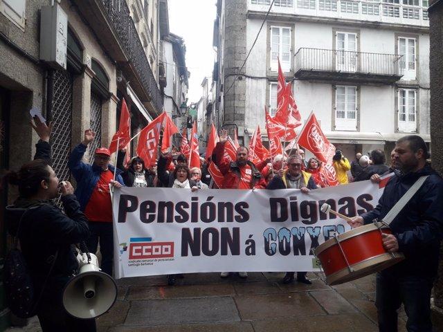 Mobilización en Santiago de CCOO e UXT