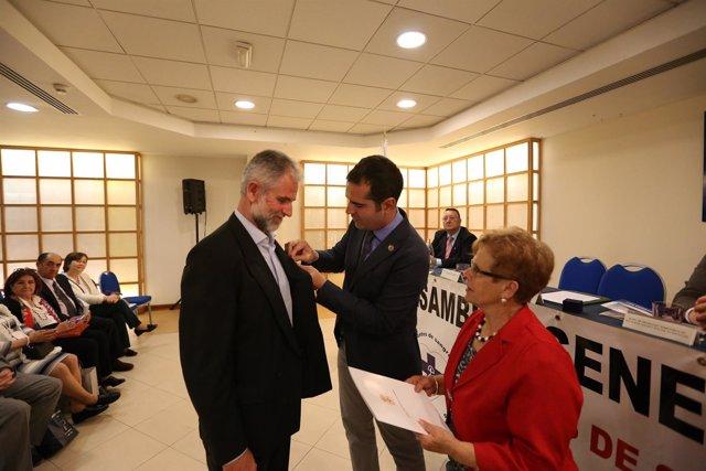 Concesión del Escudo de Oro de Almería a donantes de sangre