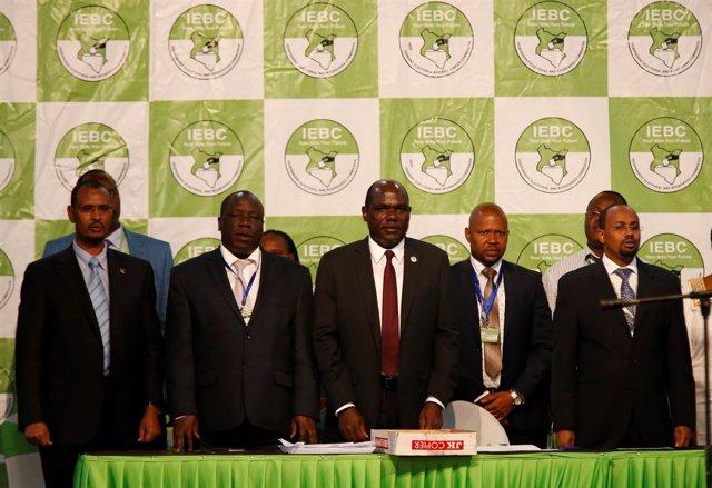El presidente de la Comisión Electoral de Kenia, Wafula Chebukati