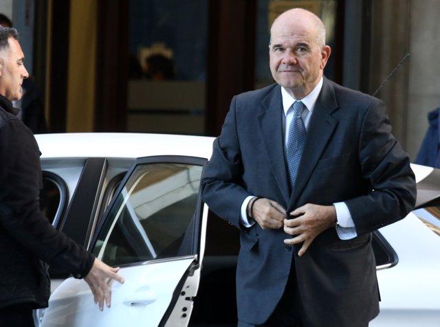 Manuel Chaves arriba a l'Audiència de Sevilla