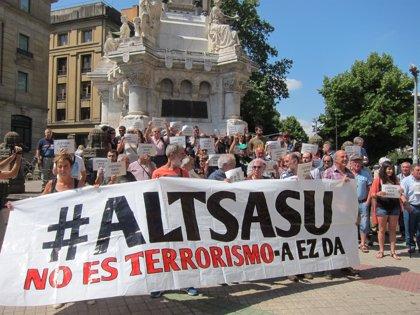 """Diputados navarros reclaman """"proporcionalidad"""" y no """"banalizar el concepto de terrorismo"""" con el juicio de Alsasua"""