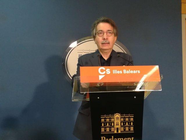 Xavier Pericay en el Parlament