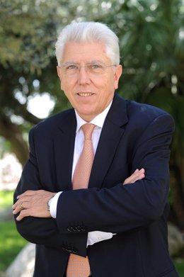 Josep Tàpies