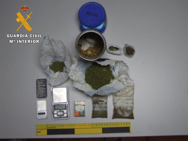 Droga incautada al detenido de Ávila 16-4-2018