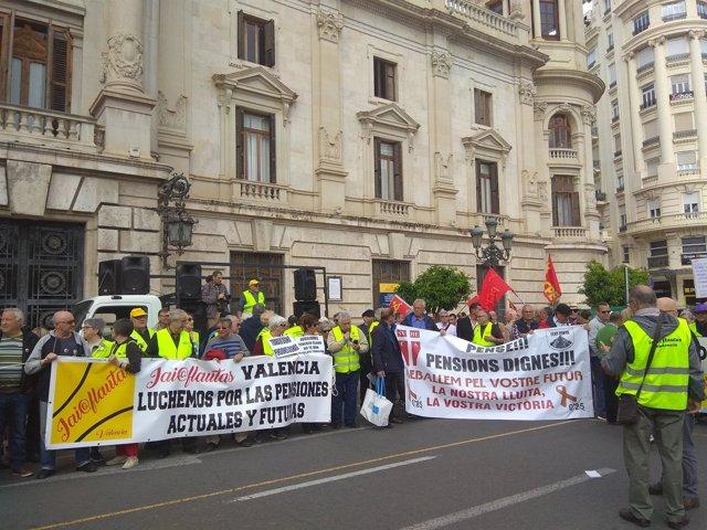 Pensionistas en València