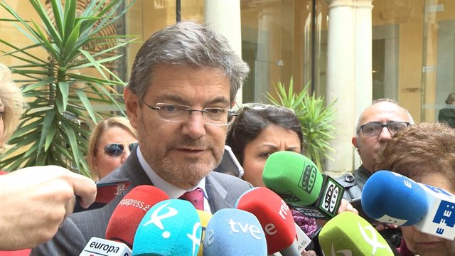 Catalá acude en un encuentro en el Tribunal Superior de Justicia de Extremadura