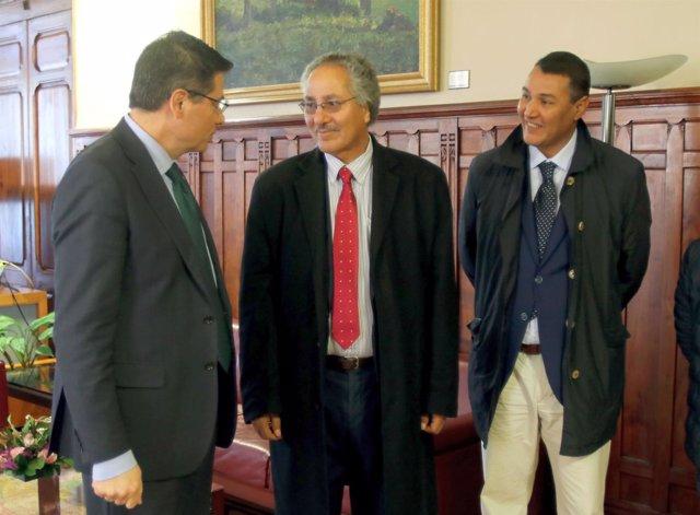 VISITA DEL MINISTRO SAHARAUI DE COOPERACIÓN A LA JUNTA GENERAL