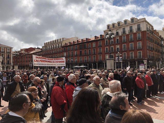 Concentración por las pensiones en Valladolid, 16-4-18