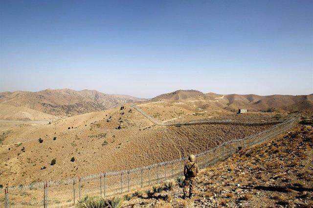 Foto de archivo de la frontera entre Afganistán y Pakistán.
