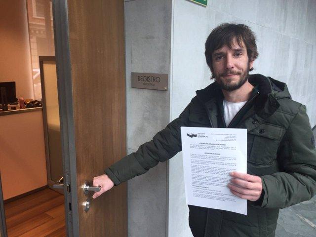 Mikel Buil, parlamentario de Podemos.