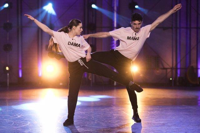 Fama a bailar