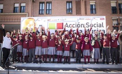 Acción Social por la Música celebra el concierto '#HazQueSuenelaPlaza' con más de 100 niños en Madrid
