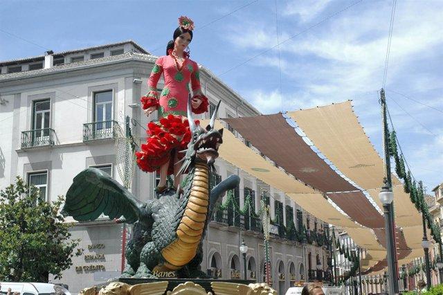 Toldos En Granada Para El Corpus, Con La Procesión De La Tarasca