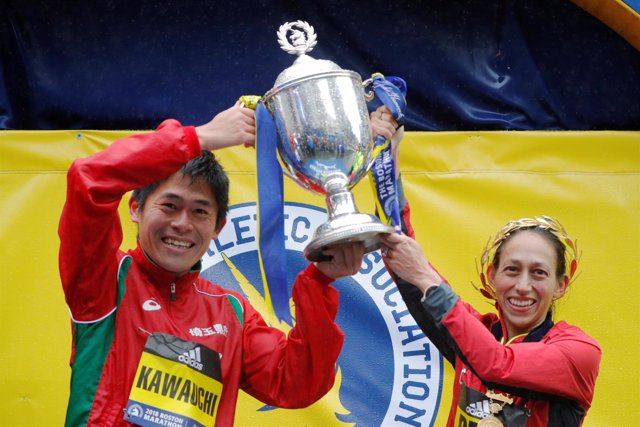 Yuki Kawauchi Desiree Linden Maratón Boston