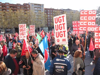 """Los logroñeses salen a la calle en defensa del sistema público de pensiones y por unas jubilaciones """"dignas"""""""