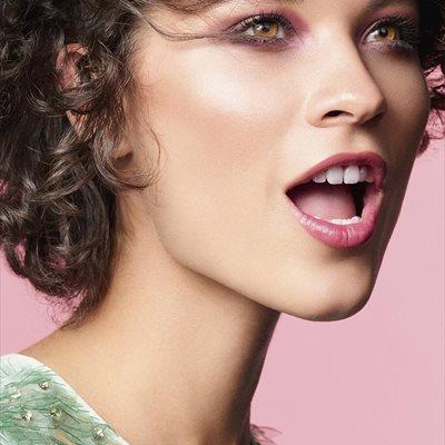 Foto: Descubrimos el maquillaje que necesitas para deslumbrar este verano (CEDIDA POR CLARINS)