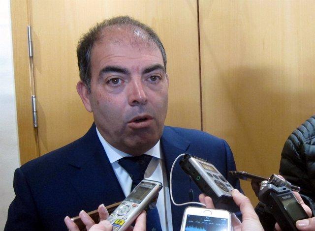 Lorenzo Amor en Salamanca atiende a los medios. 17-4-2018