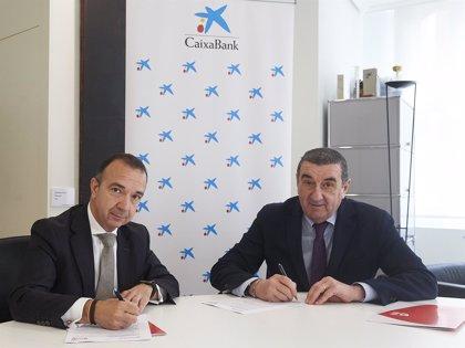 Zaragoza Deporte y CaixaBank renuevan por tres años el patrocinio del programa deportivo 'Entra en acción'
