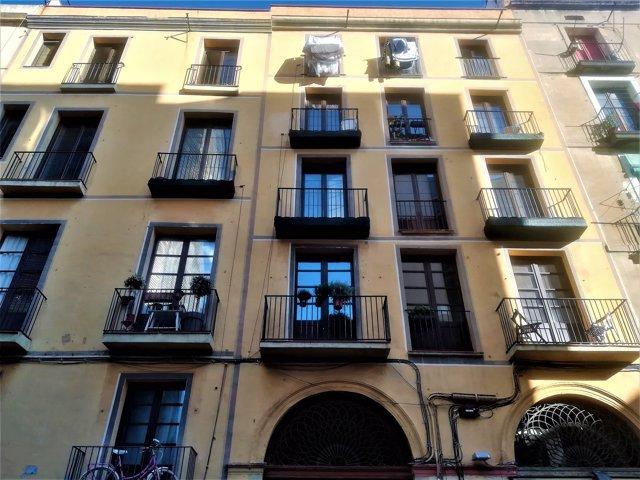 Edifici en el Raval de Barcelona mercat per un 'family office'