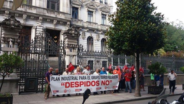 Trabajadores de Duro Felguera en una protesta en la Junta.,