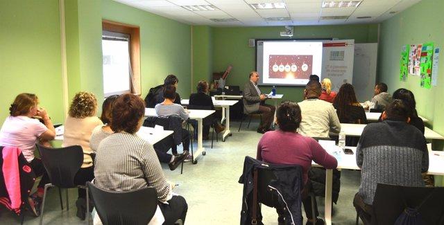 Sesión formativa impartida por Aedipe Navarra.