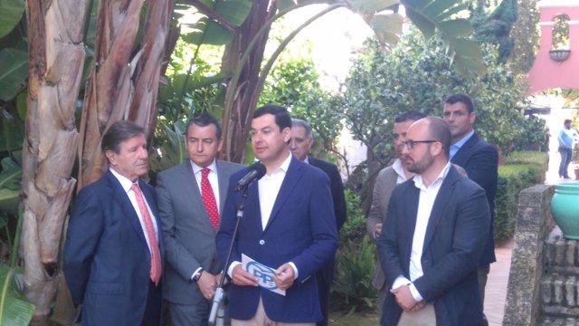 El presidente del PP-A, Juanma Moreno, comparece tras un acto