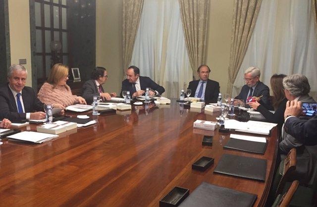 García-Escudero preside la reunión de la Mesa del Senado