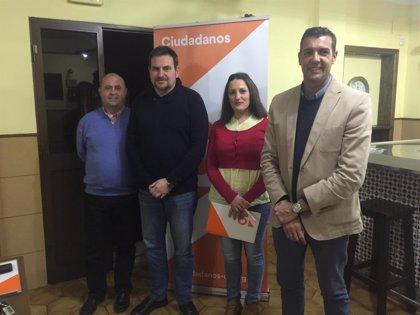 Ciudadanos continúa su expansión por la provincia y pone en marcha el grupo local en Álora