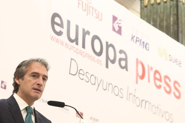 Íñigo de la Serna participa en los Desayunos Informativos de Europa Press