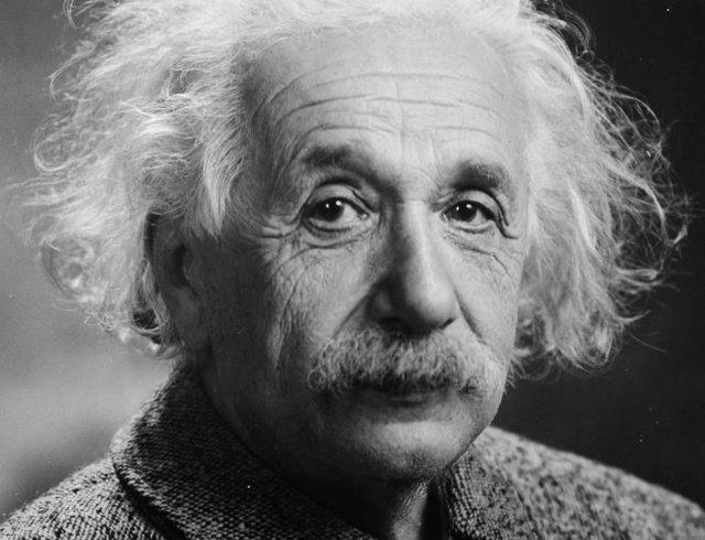 Albert Einstein murió hace 63 años. Diez citas escogidas