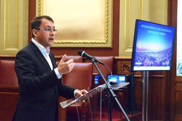 Bermúdez llama a revisar el plan estratégico de Santa Cruz para definir el futuro de la ciudad