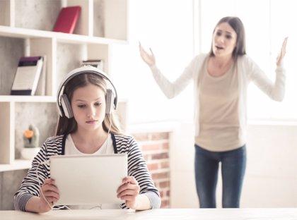 Cambios en el adolescente, qué hacer si deja de ser cariñoso