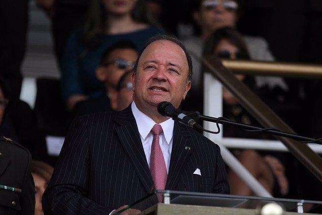 Luis carlos Villegas.