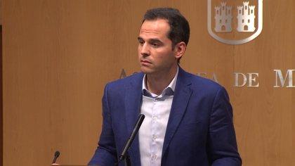 PSOE y Ciudadanos instan a que haya dimisión o fecha de moción contra Cifuentes antes del Dos de Mayo
