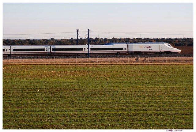AVE tren ferrocarril Málaga Madrid conexión movilidad