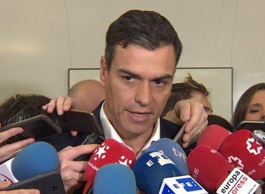 Pedro Sánchez elogia Carmena, però nega que Franco li fes cap proposta formal per presentar-se pel PSOE (Europa Press)